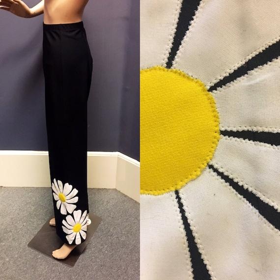 Vintage 1960s Nylon Black Stretch Pants w Big Daisy