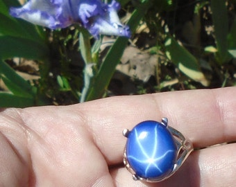 Blue 6 Ray Star Sapphire Ring, Sterling Silver, 14.35 Cts 16.50 x 14.20 mm Natural Star Blue Sapphire
