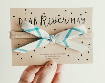 Hand tied bow [ blue plaid ]