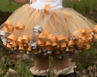 Silver and gold tutu NB-SIZE 12 T24A