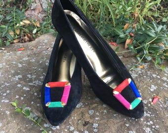 Vintage Color Block Pumps / Carriage Court / Buckle / Black Suede / 1980's / High Heels / Pumps / Formal