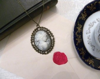 Victorian Lady Grey Cameo Necklace (Bronze) - Empress (Glossy)