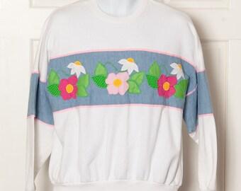 Vintage 80s 90s Spring Sweatshirt with flowers - M