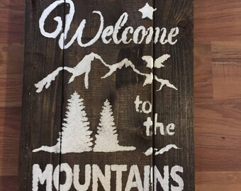 Rustic Welcome to the Mountains Wood Sign Stencil Art