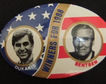 Vintage Dukais / Bentsen Oval Political Campaign Pin 1988 Dukais / Bentsen Oval Dual Candidate Button