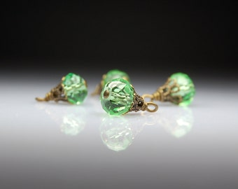 Vintage Style Bead Dangles Green Glass Set of Four G28