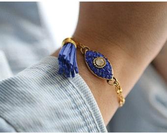 Dazzling Blue Eye Charm Bracelet