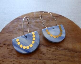 Half Moon With Gold Chain Hoop Earrings in Indigo Marble Clay