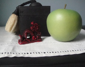 Vintage petite red Asian dragon (with arched back)