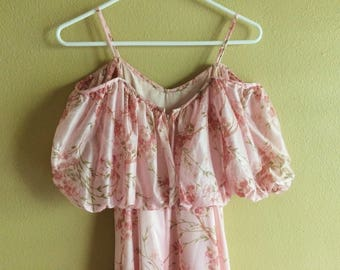 Flowy Pink 70s Gown // vintage