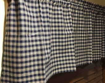 "Black/Tan Window Valance- 16"" x 53 1/2""- 100% Cotton Homespun checked- Ready to Ship"