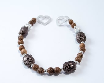 Bracelet wood Buddha and silver heart clasp
