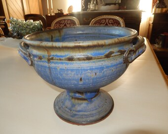 HAND CRAFTED ART Pottery Urn or Planter