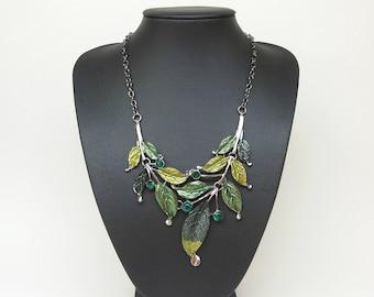 Green light green Bib statement necklace,Crystal necklace, Green necklace,Silver chain,Short necklace,short necklace green,modern necklace
