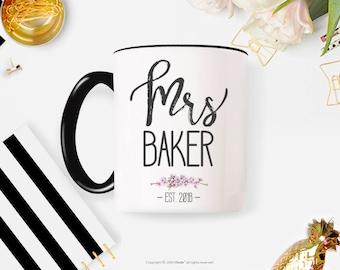 Mr and Mrs Mug, Couples Mug, Personalized Mug, Engaged mug, Wedding Mug, Mrs Mug Personalized Anniversary Coffee Mug for Bride 24W