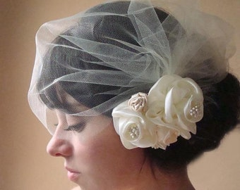 Birdcage flower veil, tulle blusher veil, mini tulle veil, side veil, side tulle veil, side birdcage veil, birdcage veil set, flower veil,