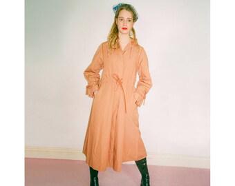 1960s vintage apricot trenchcoat - Sixties Mod Cute Retro