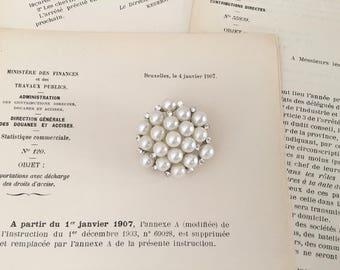Pearl Vintage Style Brooch.Rhinestone Pearl Brooch.Round.Crystal Pearl brooch.Small Pearl Rhinestone Brooch.Broach.Pin.wedding accessory