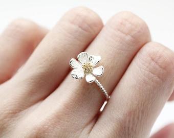 White daisy ring white wedding flower ring engagement ring white daisy flower ring white wedding flower ring engagement ringflower ring mightylinksfo