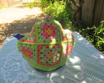 Vintage Tea Cozy - Green, Orange, Pink, Brown Crocheted - Vintage Style for your teapot.