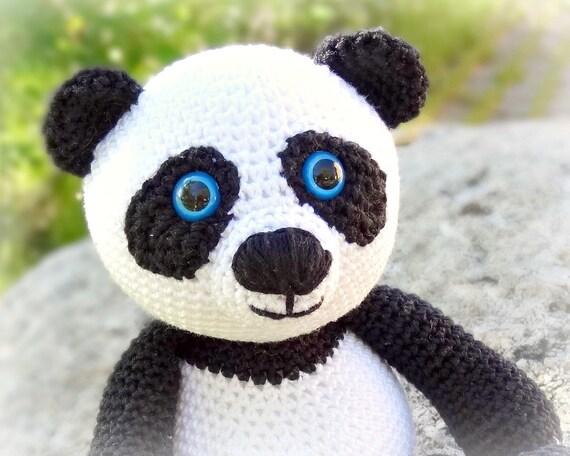 Amigurumi Panda Bear Crochet Pattern : Amigurumi panda au crochet panda a crochet para llavero panda
