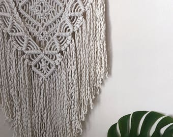 Macrame Wall Hanging / Tapestry / Wall Hanging