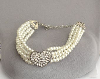 Ivory Pearl Bracelet, Bridal Bracelet, flower girl bracelet, Wedding Jewelry, Crystal Heart Bracelet, gift for her, bracelet