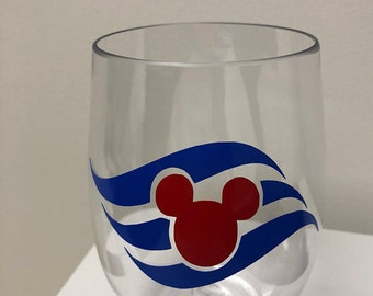 Disney Cruise Logo Wine Glass/Disney Fish Extender Gifts/Disney Mom/Disney Gift/Disney Wine/Stemless Wine Glass