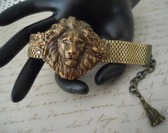 Lion Assemblage Bracelet Vintage Woven Brass Chain Leo Tassel