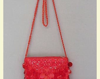 Vintage 20s /60s/70s style woman red shoulder bag
