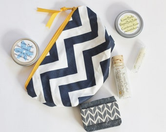Travel Makeup Bag, Bath and Beauty Gift, Lip Balm, Soap, Body Butter, Tote Bag,Gift For Her, Mother's Day Gift, Home and living, Zig Zag Bag