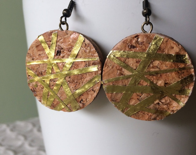 Large Gold Geo-Lines Champagne Cork Earring