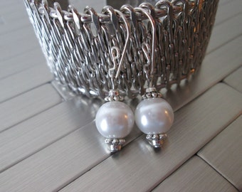 Simple and Elegant Pearl Earrings......Drop is 1.5 inches