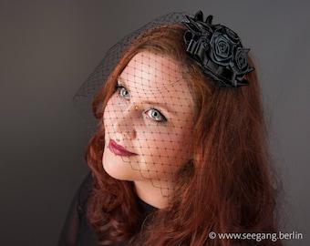 Fascinator Black Rose, Fascinator Veiling Black, Vintage Headdress, Prom Hairstyle, Black Hairclip, Burlesque Hairpiece, Hair Accessories