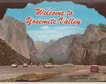 Picturamic Color Reproductions of Yosemite Valley National Park, Vintage Postcard, California, Travel Souvenir, Color Photographs, Vacation