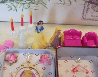 Altoids tin, Pocket toy, Princess, Rapunzel, Snow White, Miniature Furniture