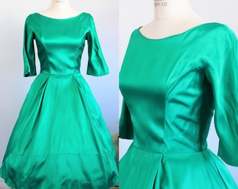 Vintage 1950s Green Satin Party Dress / Lorrie Deb Party Dress / Designer Dress / Fit and Flare / Full Circle Skirt & Crinoline