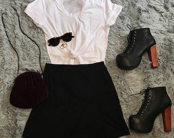 Black / Mini / Skirt with Side Slit