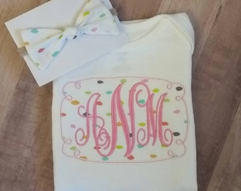 Baby girl monogrammed onesie, girl coming home outfit, onesie and hair bow,