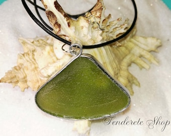 Sea glass necklace 8 – Lime-green – Seaglass necklace- Wrapped pendant with chain
