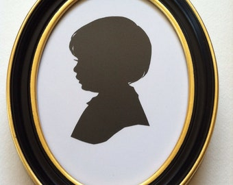 5x7 inch Black with Speckled Gold Oval Wood Frame for Silhouettes