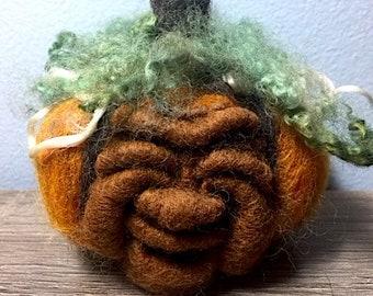 Needle Felted Cheerful Pumpkin
