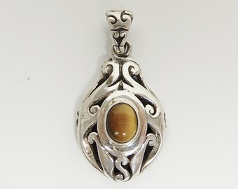 Vintage Sterling Silver Filigree Cats Eye Bali Style Pendant with Sterling Silver Chain