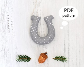 Horseshoe Pattern. Christmas Sewing Projects. Sewing Christmas Gifts. Christmas Ornament Pattern. Christmas Sewing Pattern. Template. PDF