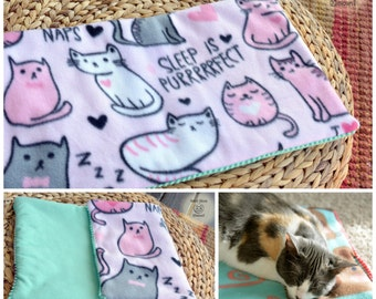 Cat bedding, Padded blanket, Pink fleece cat blanket throw, Crate cover, Cat mat, Comfy cozy cat cushion, Soft crate pad, Kawaii cat blanket