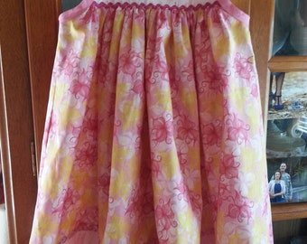 Size 6 Eyelet Trim Jumper/Dress