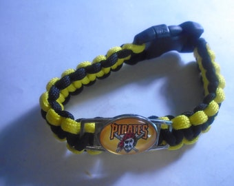 Pittsburgh Pirates Paracord charm Bracelet