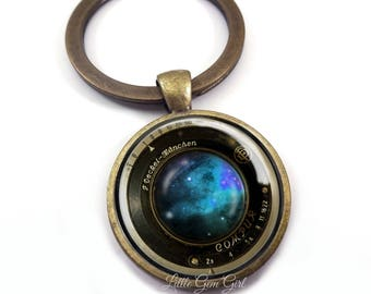 Camera Lens Key Chain - Vintage Camera Lens Jewelry - 5 Designs & 4 Metal Finishes - Antique Camera Lens Photography Lover KeyChain Charm