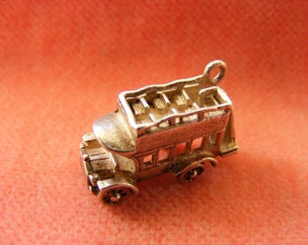 G) Vintage Sterling Silver Charm Old fashioned Bus