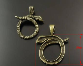 8 charms in antique bronze snake pendant